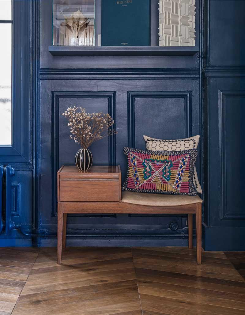 petit meuble avec décoration